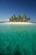 Tropical island, San Blas Archipelago, Panama, Central America