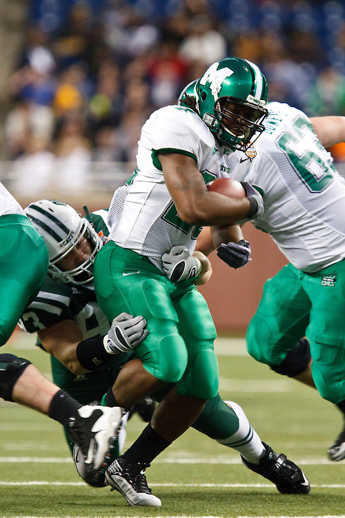 December 26, 2009:  Marshall's Martin Ward (29) during the NCAA: Little Caesars Pizza Bowl - Ohio vs Marshall at Ford Field Detroit, Michigan. Marshall defeater Ohio 21-17.