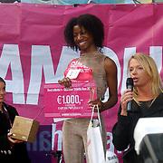 NLD/Amsterdam/20070308 - Stilettorun 2007 Amsterdam, prijsuitreiking Best Shoe prijs Jennifer Edam