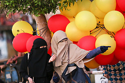 September 1, 2017 - Cairo, Egypt - Muslim people during the first day of Eid al-Adha, or the Festival of Sacrifice, in Cairo, Egypt, on September 1, 2017. (Credit Image: © Fayed El-Geziry/NurPhoto via ZUMA Press)