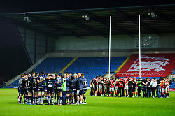 Bristol and London Welsh sides both huddle at the end of the match with Welsh winning by 19 points with the second leg to come - Photo mandatory by-line: Rogan Thomson/JMP - 07966 386802 - 28/05/2014 - SPORT - RUGBY UNION - Kassam Stadium, Oxford - London Welsh v Bristol Rugby - Greene King IPA Championship Play Off Final First Leg.