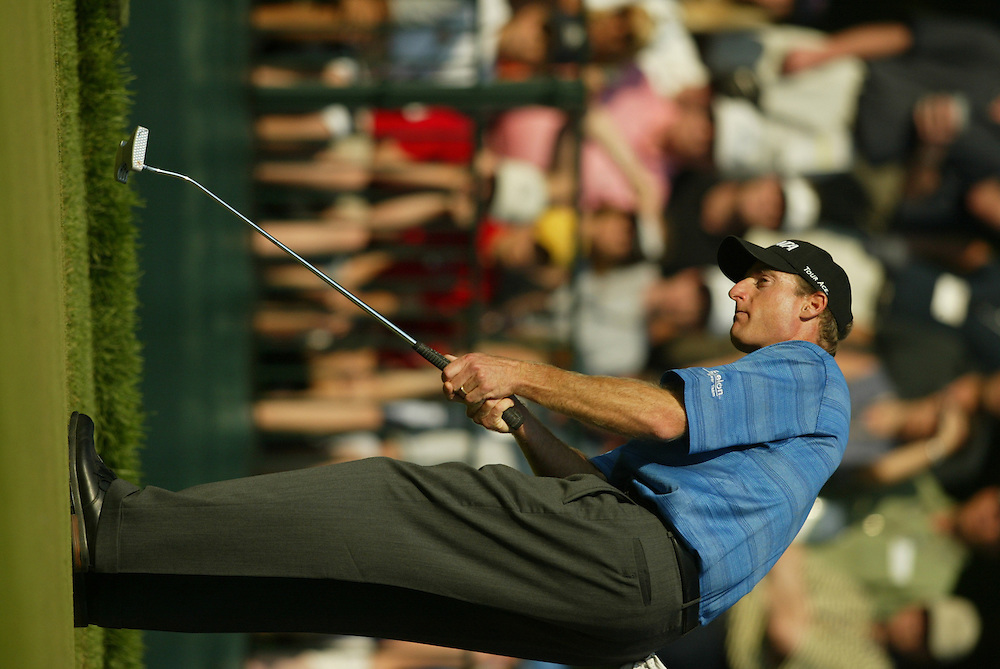 Jim Furyk..2003 U.S. Open..Fourth Round..Olympia Fields CC..Chicago, IL..Sunday June 15 2003..photograph by Darren Carroll