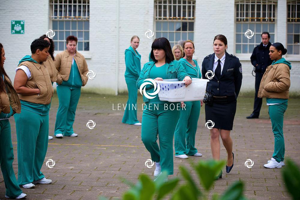 ALKMAAR - In een oude gevangenis zijn de tv opnames van de nieuwe SBS6 tv serie 'Celblok H'. Met hier op de foto