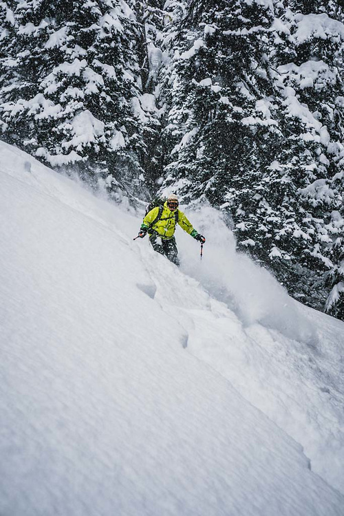 Over 45cm's fell during a 12 hour period at Burnie Glacier, British Columbia, and Eric Olson was there.