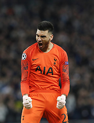 BRITAIN-LONDON-FOOTBALL-CHAPIONS LEAGUE-HOTSPUR VS EINDHOVEN.(181106) -- LONDON, Nov. 6, 2018  Tottenham Hotspur's goalkeeper Paulo Gazzaniga celebrates after their team's goal during the UEFA Champions League match between Tottenham Hotspur and PSV Eindhoven in London, Britain on Nov. 6, 2018. Tottenham Hotspur won 2-1.  FOR EDITORIAL USE ONLY. NOT FOR SALE FOR MARKETING OR ADVERTISING CAMPAIGNS. NO USE WITH UNAUTHORIZED AUDIO, VIDEO, DATA, FIXTURE LISTS, CLUBLEAGUE LOGOS OR ''LIVE'' SERVICES. ONLINE IN-MATCH USE LIMITED TO 45 IMAGES, NO VIDEO EMULATION. NO USE IN BETTING, GAMES OR SINGLE CLUBLEAGUEPLAYER PUBLICATIONS. (Credit Image: © Xinhua via ZUMA Wire)