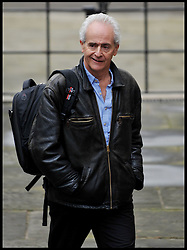Guardian journalist Nick Davies arrives at the High Court, to give evidence to the Leveson Inquiry in central London, Tuesday November 29, 2011 Photo by Andrew Parsons/ i-Images