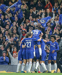 09.05.2019, Stamford Bridge, London, ENG, UEFA EL, FC Chelsea vs Eintracht Frankfurt, Halbfinale, Rückspiel, im Bild Chelsea players celebrate with Ruben Loftus-Cheek after his goal against Eintracht Frankfurt // Chelsea players celebrate with Ruben Loftus-Cheek after his goal against Eintracht Frankfurt during the UEFA Europa League semifinal 2nd leg match between FC Chelsea and Eintracht Frankfurt at the Stamford Bridge in London, Great Britain on 2019/05/09. EXPA Pictures © 2019, PhotoCredit: EXPA/ Focus Images/ Steve O'Sullivan<br /> <br /> *****ATTENTION - for AUT, GER, FRA, ITA, SUI, POL, CRO, SLO only*****