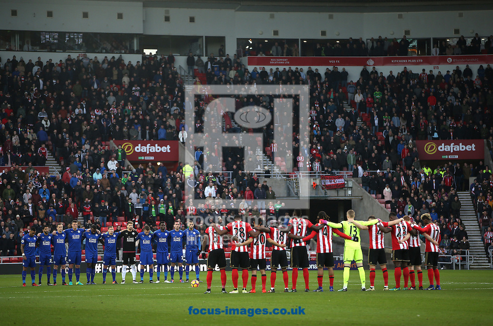 Sunderland and Leicester City players observe the minute silence prior to the Premier League match at the Stadium Of Light, Sunderland<br /> Picture by Christopher Booth/Focus Images Ltd 07711958291<br /> 03/12/2016