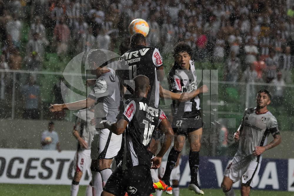 BELO HORIZONTE, MG, 25.02.2015 &ndash; COPA LIBERTADORES DA AM&Eacute;RICA 2015 &ndash; ATL&Eacute;TICO-MG <br /> X ATLAS  Luan jogador do Atl&eacute;tico-MG durante jogo contra Atlas valido pela 2&ordf; rodada <br /> Copa Libertadores da Am&eacute;rica 2015, na Arena Independencia, na noite desta quarta <br /> (25) (Foto: MARCOS FIALHO / BRAZIL PHOTO PRESS)