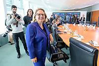 18 SEP 2019, BERLIN/GERMANY:<br /> Svenja Schulze, SPD, Bundesumweltministerin, vor Beginn der Kabinettsitzung, Bundeskanzleramt<br /> IMAGE: 20190918-01-007<br /> KEYWORDS: Sitzung, Kabinett