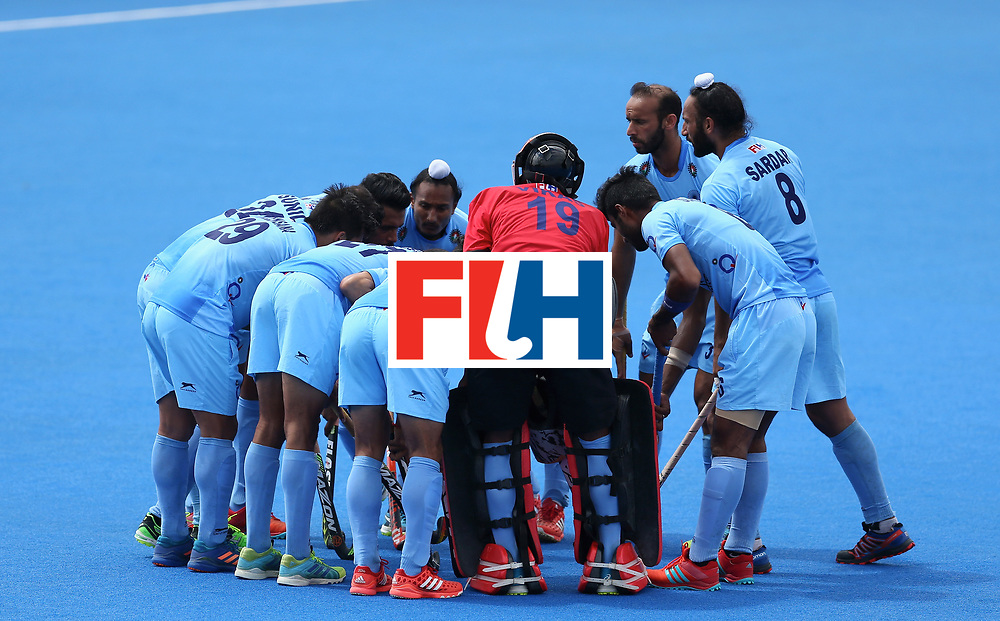 LONDON, ENGLAND - JUNE 24: India players from a huddle during the 5th-8th place match between Pakistan and India on day eight of the Hero Hockey World League Semi-Final at Lee Valley Hockey and Tennis Centre on June 24, 2017 in London, England. (Photo by Steve Bardens/Getty Images)