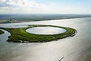 Nederland, Flevoland-Overijssel, Ketelmeer, 07-05-2015; IJsseloog, gezien naar Flevoland. Slibdepot voor de verontreinigde slib uit het Ketelmeer zoals aangevoerd door de IJssel. Het saneren van het Ketelmeer is noodzakelijk om plannen op het gebied van recreatie en natuur mogelijk te maken. IJsseloog, depot for the contaminated sludge from the sludge Ketelmeer as alleged by the IJssel. The rehabilitation of the Ketelmeer is necessary to allow for planning of future nature and recreational development.<br /> luchtfoto (toeslag op standard tarieven);<br /> aerial photo (additional fee required);<br /> copyright foto/photo Siebe Swart