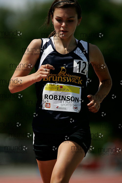 Ottawa, Ontario ---10-08-07--- Robinson competes in the 2000 metres at the 2010 Royal Canadian Legion Youth Track and Field Championships in Ottawa, Ontario August 7, 2010..JULIE ROBINS/Mundo Sport Images.