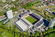 Nederland, Utrecht, Utrecht, 13-05-2019; Stadion Galgenwaard van voetbalclub FC Utrecht in de wijk Galgewaard. Naast het stadion kantoor- en woontorens. De daken van het stadion zijn voorzien van zonnecollectoren. <br /> The renovated stadium of soccer club FC Utrecht.<br /> <br /> luchtfoto (toeslag op standard tarieven);<br /> aerial photo (additional fee required);<br /> copyright foto/photo Siebe Swart