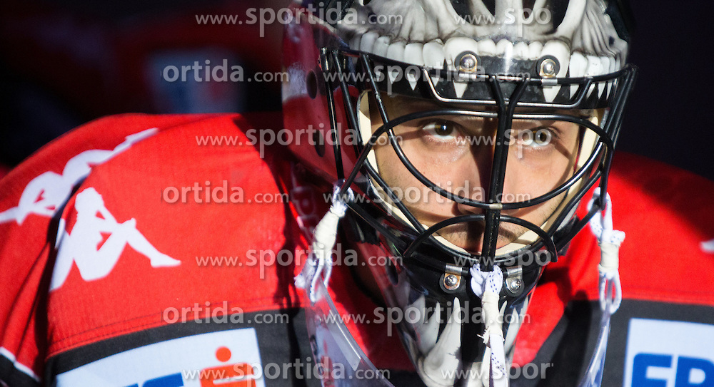 28.12.2015, Tiroler Wasserkraft Arena, Innsbruck, AUT, EBEL, HC TWK Innsbruck die Haie vs HDD TELEMACH Olimpija Ljubljana, 36. Runde, im Bild Andy Chiodo (HC TWK Innsbruck Die Haie) // during the Erste Bank Icehockey League 36th round match between HC TWK Innsbruck  die Haie and HDD TELEMACH Olimpija Ljubljana at the Tiroler Wasserkraft Arena in Innsbruck, Austria on 2015/12/28. EXPA Pictures © 2015, PhotoCredit: EXPA/ Jakob Gruber