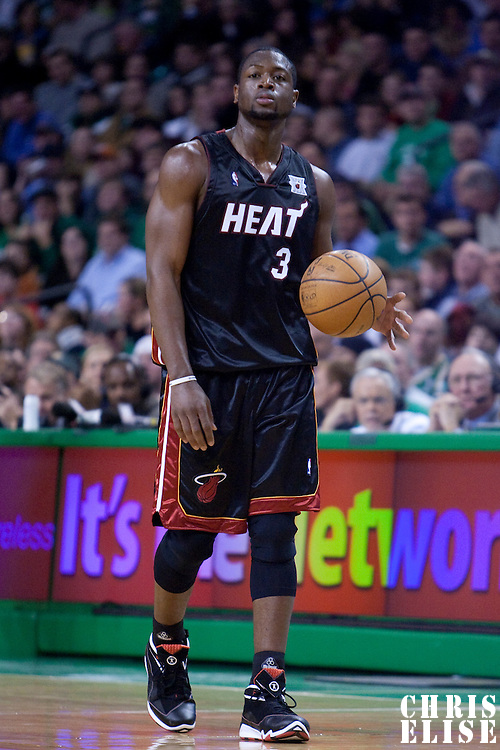 16 November 2007: Dwyane Wade of the Miami Heat is seen during the Boston Celtics 92-91 victory over the Miami Heat at TD Banknorth Garden, Boston, Massachusetts, USA.