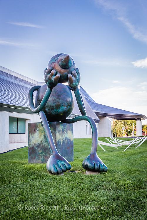 sitting sculpture Kemper Museum of Contemporary Art