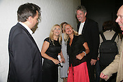 Anthony Wilkinson, Amanda Wilkinson, Iwona Blazwick and her partner Richard.  Opening of new  Wilkinson gallery. Vyner St. London. E2. Party afterwards at Bistrotheque. 6 September 2007. -DO NOT ARCHIVE-© Copyright Photograph by Dafydd Jones. 248 Clapham Rd. London SW9 0PZ. Tel 0207 820 0771. www.dafjones.com.