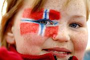 &copy; Filippo Alfero<br /> Pinerolo, 15/03/2006<br /> Sport, Paralimpiadi<br /> Giochi Paralimpici Torino 2006<br /> Weelchair Curling - spareggio Norvegia-Danimarca<br /> Nella foto: tifosa norvegese