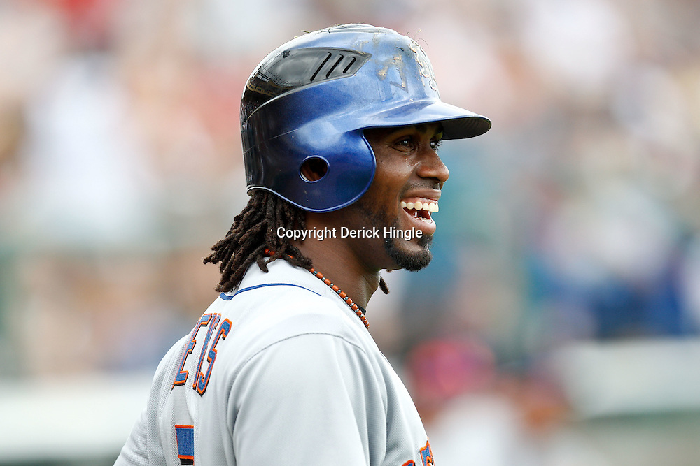 March 5, 2011; Lake Buena Vista, FL, USA; New York Mets shortstop Jose Reyes (7) during a spring training exhibition game against the Atlanta Braves  at Disney Wide World of Sports complex.  Mandatory Credit: Derick E. Hingle