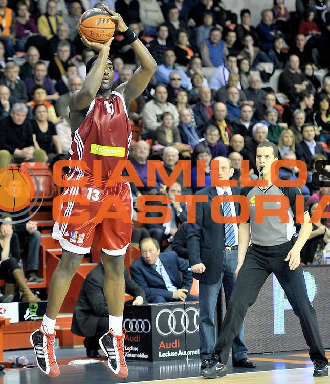 DESCRIZIONE : Championnat de France Basket Ligue Pro A  au Mans<br /> GIOCATORE : GIFFA Sacha<br /> SQUADRA : Strasbourg<br /> EVENTO : Ligue Pro A  2010-2011<br /> GARA : Le Mans Strasbourg<br /> DATA : 05/02/2011<br /> CATEGORIA : Basketbal France Ligue Pro A<br /> SPORT : Basketball<br /> AUTORE : JF Molliere/Herve Petitbon par Agenzia Ciamillo-Castoria <br /> Galleria : France Basket 2010-2011 Action<br /> Fotonotizia : Championnat de France Basket Ligue Pro A au Mans<br /> Predefinita :