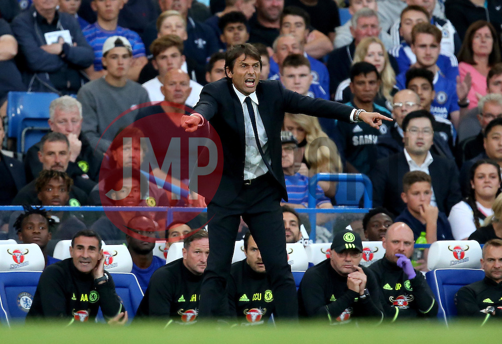 Chelsea manager Antonio Conte looks animated on the touchline as gives orders to his players - Mandatory by-line: Robbie Stephenson/JMP - 15/08/2016 - FOOTBALL - Stamford Bridge - London, England - Chelsea v West Ham United - Premier League