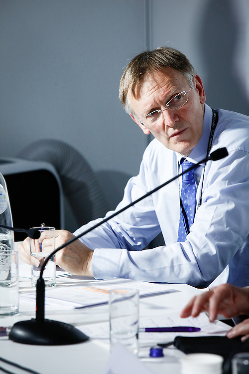 20160615 - Brussels , Belgium - 2016 June 15th - European Development Days - Resource use and management - Successfully implementing the Sustainable Development Goals - Janez Potocnik , Co-Chair (EC Commissioner for the Environment) , International Resource Panel - Moderator © European Union
