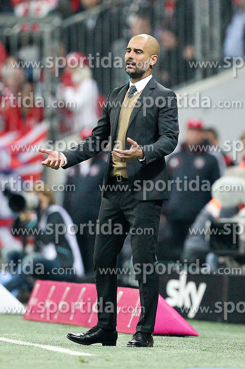 04.10.2015, Allianz Arena, Muenchen, GER, 1. FBL, FC Bayern Muenchen vs Borussia Dortmund, 8. Runde, im Bild Chef-Trainer Pep Guardiola (FC Bayern Muenchen) // during the German Bundesliga 8th round match between FC Bayern Munich and Borussia Dortmund at the Allianz Arena in Muenchen, Germany on 2015/10/04. EXPA Pictures &copy; 2015, PhotoCredit: EXPA/ Eibner-Pressefoto/ Kolbert<br /> <br /> *****ATTENTION - OUT of GER*****