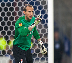12.05.2010, Hamburg Arena, Hamburg, GER, UEFA Europa League Finale, Atletico Madrid vs Fulham FC im Bild Mark Schwarzer, #01, Fulham FC, EXPA Pictures © 2010, PhotoCredit: EXPA/ J. Feichter / SPORTIDA PHOTO AGENCY
