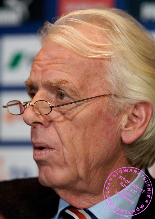 LEO BEENHAKKER - POLISH NATIONAL SOCCER TEAM'S COACH DURING PRESS CONFERENCE POLISH FOOTBALL ASSOCIATION AT THE SHERATON HOTEL IN WARSAW..WARSAW , POLAND , JANUARY 17, 2008.( PHOTO BY ADAM NURKIEWICZ / MEDIASPORT )..PICTURE ALSO AVAIBLE IN RAW FORMAT ON SPECIAL REQUEST