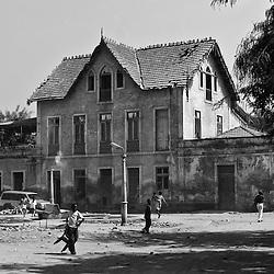 Uma casa em Catumbela. Província de Benguela. Angola 2007