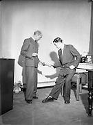 04/11/1952<br /> 11/04/1952<br /> 04 November 1952<br /> Peter Owens Managing Director of Domas Ltd, various poses for Domas Ltd.