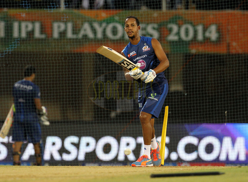 Lendl Simmons of the Mumbai Indians before the eliminator match of the Pepsi Indian Premier League Season 2014 between the Chennai Superkings and the Mumbai Indians held at the Brabourne Stadium, Mumbai, India on the 28th May  2014<br /> <br /> Photo by Vipin Pawar / IPL / SPORTZPICS<br /> <br /> <br /> <br /> Image use subject to terms and conditions which can be found here:  http://sportzpics.photoshelter.com/gallery/Pepsi-IPL-Image-terms-and-conditions/G00004VW1IVJ.gB0/C0000TScjhBM6ikg