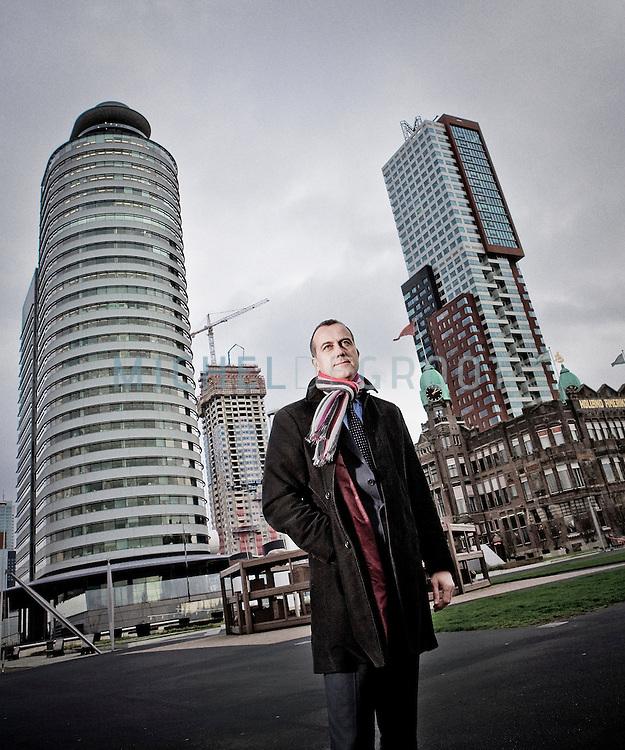 Rotterdam, the Netherlands, 03 December, 2009. Wim Drossaert (42), directeur van de Europese en Afrikaanse regio's van het Amerikaanse advies en ingenieursbureau MWH. (Photo by Michel de Groot)