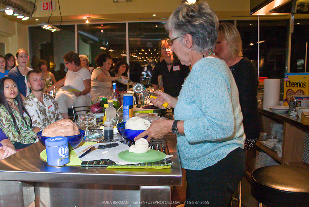 Women's Culinary Network's Food Styling Seminar at Nella Cucina on September 14, 2009