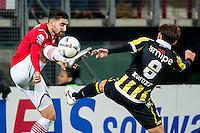 ALKMAAR - 06-02-2016, AZ - Vitesse, AFAS Stadion, AZ speler Alireza Jahanbakhsh, Vitesse speler Kosuke Ota