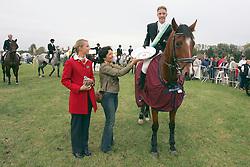 Schepers Jeroen-Sissi vd Lowlands<br /> met Mevrouw De Clerck<br /> Nationaal kampioenschap LRV - Waasmunster 2004<br /> Photo © Hippo Foto