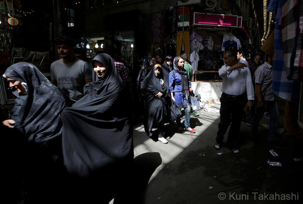 Market in Tehran, Iran on June 12, 2014.<br /> (Photo by Kuni Takahashi)