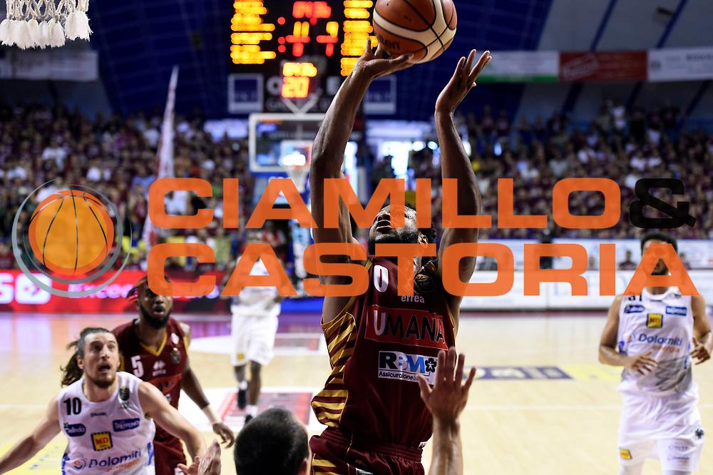 MarQuez Haynes<br /> Umana Reyer Venezia - Dolomiti Energia Aquila Basket Trento<br /> Lega Basket Serie A 2016/2017<br /> Playoff, finale gara 5<br /> Venezia, 18/06/2017<br /> Foto M.Ceretti / Ciamillo-Castoria