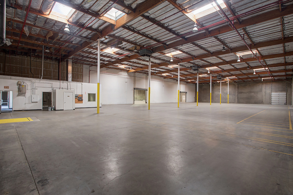 Phoenix, Arizona commercial real estate photographer, interior of warehouse