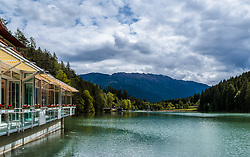 THEMENBILD - Blick vom Ufer der Seeterrasse auf den Tristachersee, aufgenommen am 20. Mai 2017 in Tristach, Österreich // View from the shore of the lake terrace to the Tristachersee on 2017/05/20, Tristach, Austria. EXPA Pictures © 2017, PhotoCredit: EXPA/ JFK