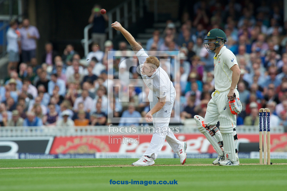 Ben Stokes of England bowling watched by batsman David Warner of Australia during the 5th Investec Ashes Test Match match at the Kia Oval, London<br /> Picture by Alan Stanford/Focus Images Ltd +44 7915 056117<br /> 20/08/2015