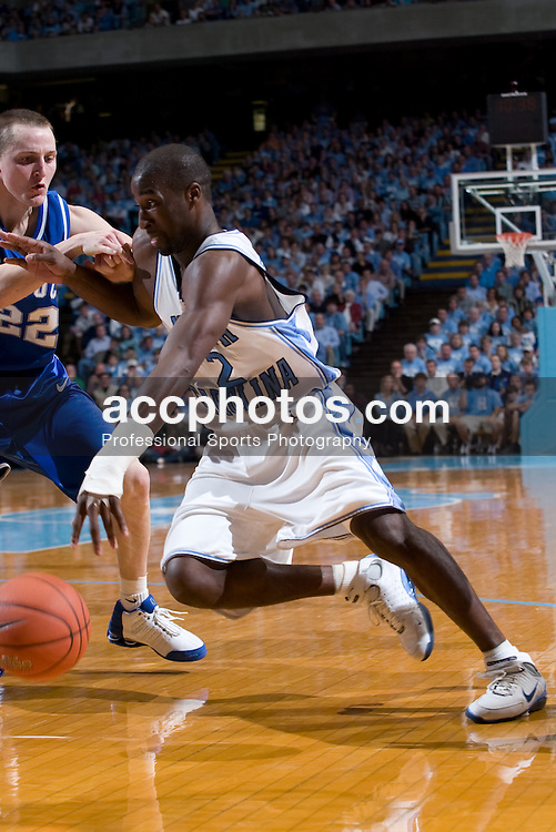 04 December 2004: North Carolina Tar Heels guard Raymond Felton (2) in a 91-78 win over the Kentucky Wildcats in Chapel Hill, NC.