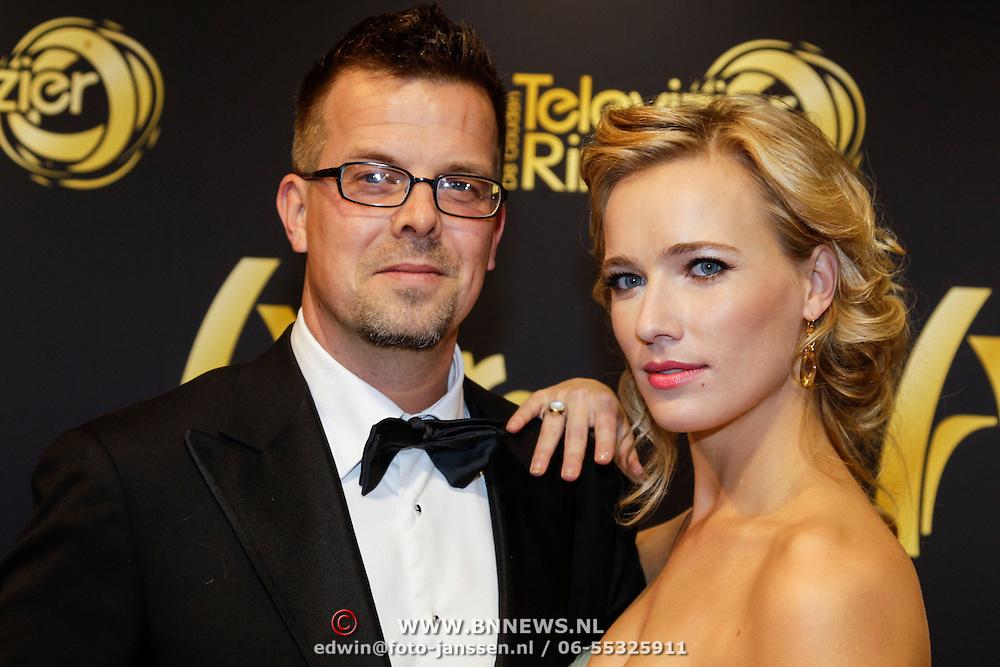 NLD/Amsterdam/20121019- Televiziergala 2012, Jennifer Hoffman en Dennis Overeem