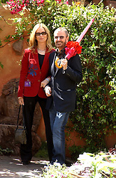RINGO STARR and BARBARA BACH at the 2005 RHS Chelsea Flower Show on 23rd May 2005<br /><br />NON EXCLUSIVE - WORLD RIGHTS