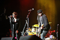 Gaz Coombs, Johnny Borrell