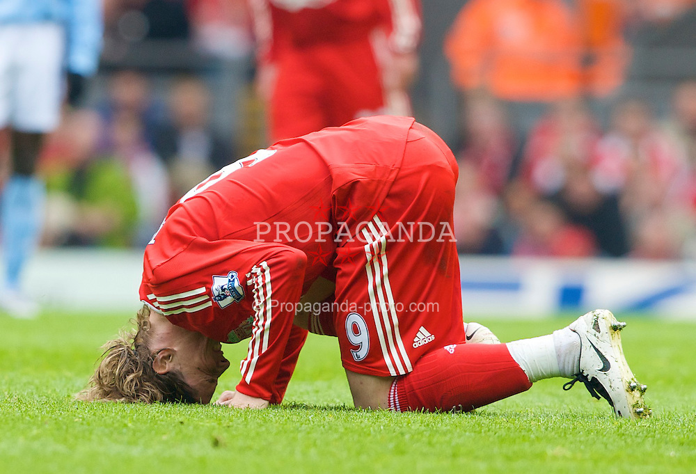 LIVERPOOL, ENGLAND - Sunday, May 4, 2008: Liverpool's Fernando Torres during the Premiership match at Anfield. (Photo by David Rawcliffe/Propaganda)