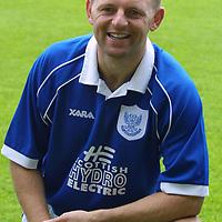 St Johnstone FC photocall season 2001/02<br />Graeme Jones<br /><br /><br />Picture by Graeme Hart.<br />Copyright Perthshire Picture Agency<br />Tel: 01738 623350  Mobile: 07990 594431
