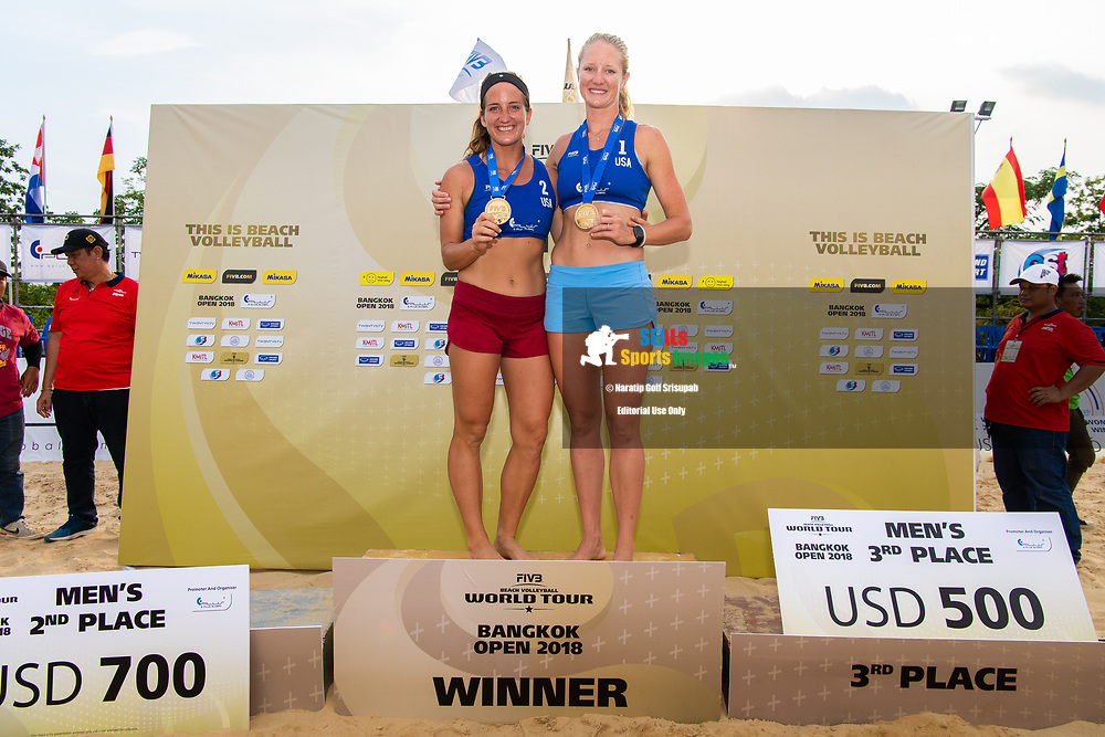 BANGKOK, THAILAND - MAY 13: Scarbrough/Davis (USA) photo shoot on the podium at the FIVB Beach Volleyball World Tour - Bangkok Open 2018, King Mongkut's Institute of Technology, Bangkok, Thailand on May 13, 2018.<br /> .<br /> .<br /> .<br /> (Photo by: Naratip Golf Srisupab/SEALs Sports Images)<br /> .<br /> Any image use must include a mandatory credit line adjacent to the content which should read: Naratip Golf Srisupab/SEALs Sports Images