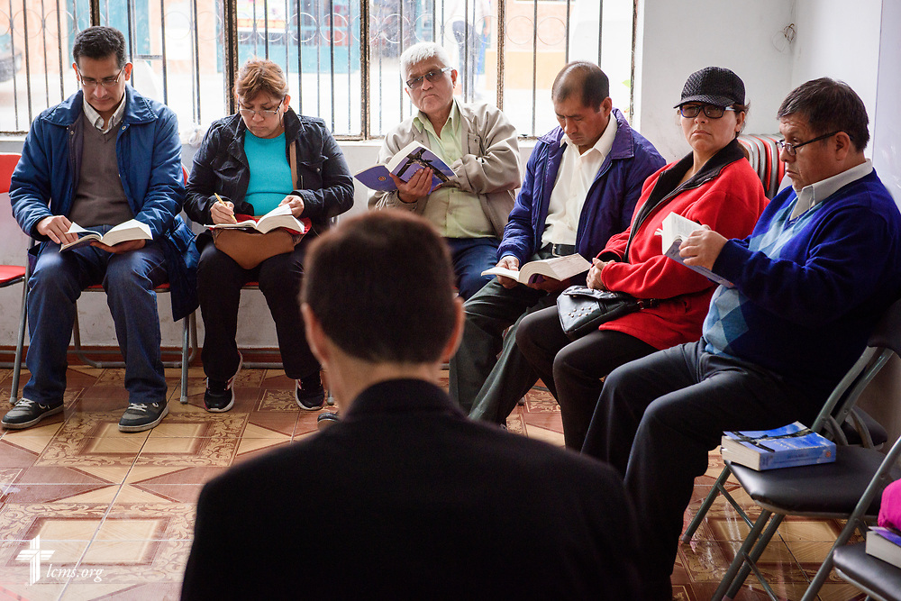 Worshippers gather for Bible study led by the Rev. Cullen Duke, LCMS career missionary to Peru, at La Mision Luterana Del Peru at Los Olivos on Sunday, Nov. 5, 2017, in Peru.  LCMS Communications/Erik M. Lunsford